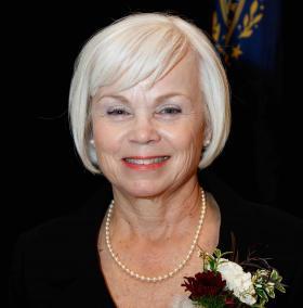 Annmarie Roark '72